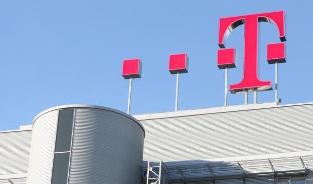 Dach-Logo-Zentrale